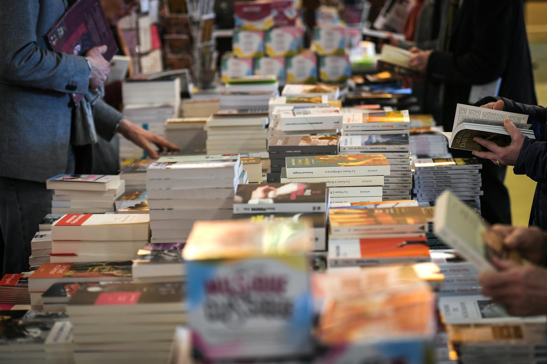 Les Livres A Glisser Sous Le Sapin France 24