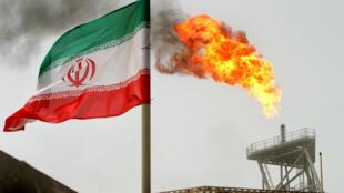 La plateforme pétrolière iranienne Soroush, située dans le Golfe persique en Iran.