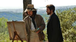 """Guillaume Gallienne en Paul Cézanne et Guillaume Canet en Émile Zola, sur le tournage de """"Cézanne et moi"""", réalisé par Danièle Thompson."""