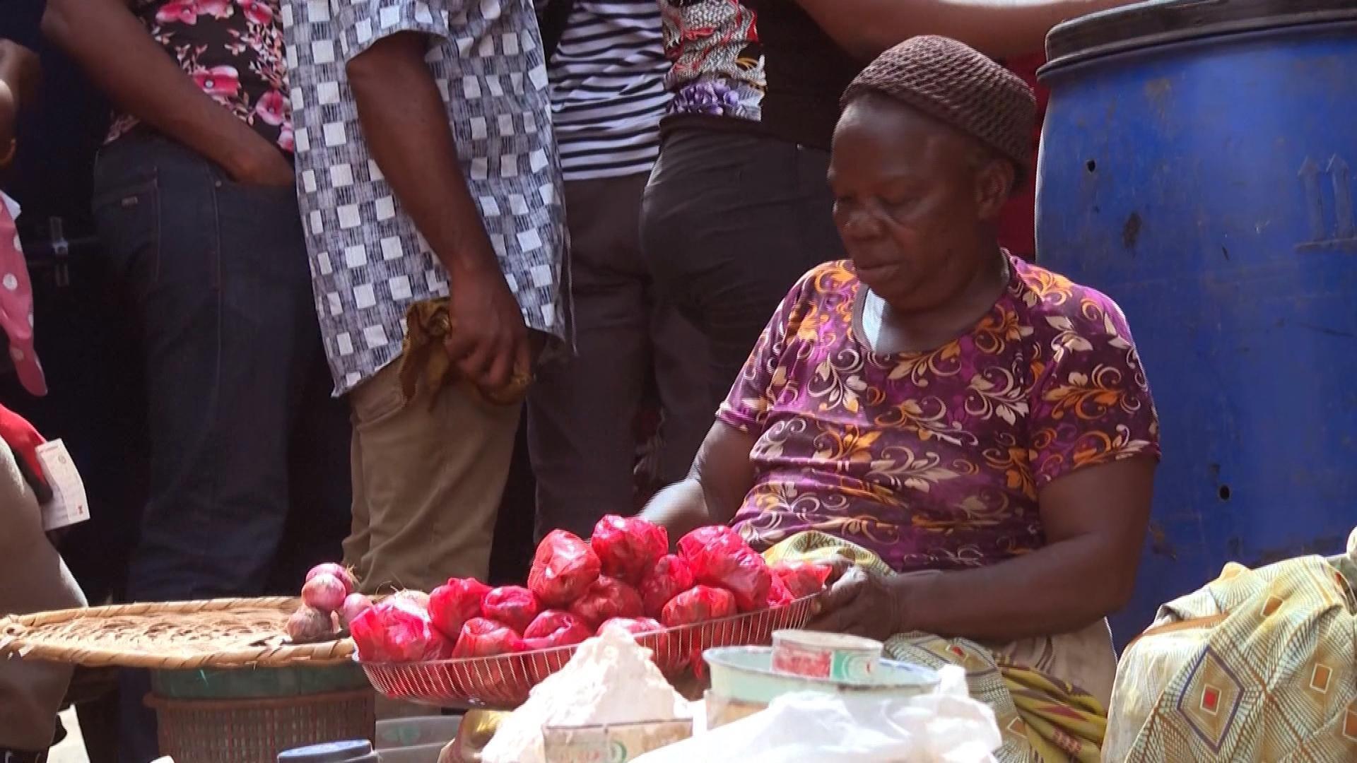Scène de marché à Lagos, au Nigeria, le 30 mars.