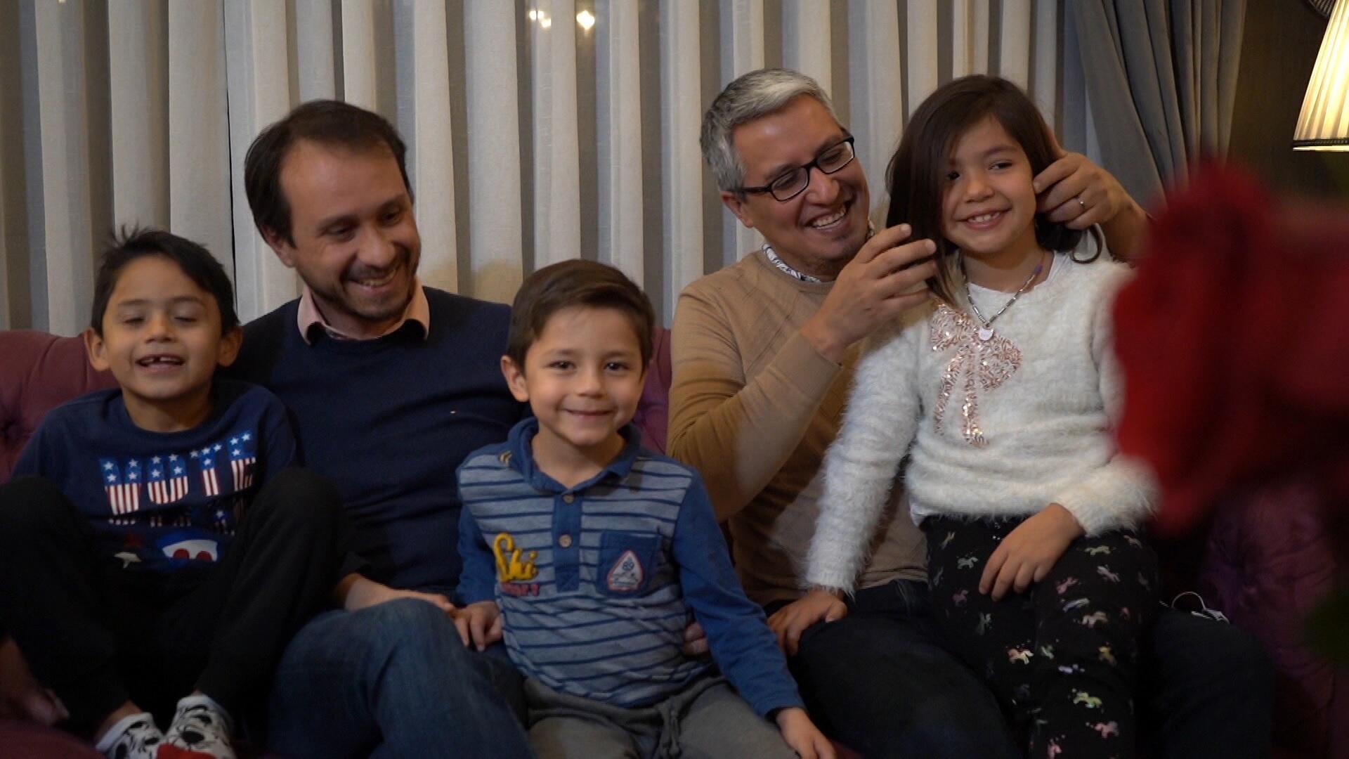Ellas Hoy - matrimonio igualitario y adopción homoparental Chile