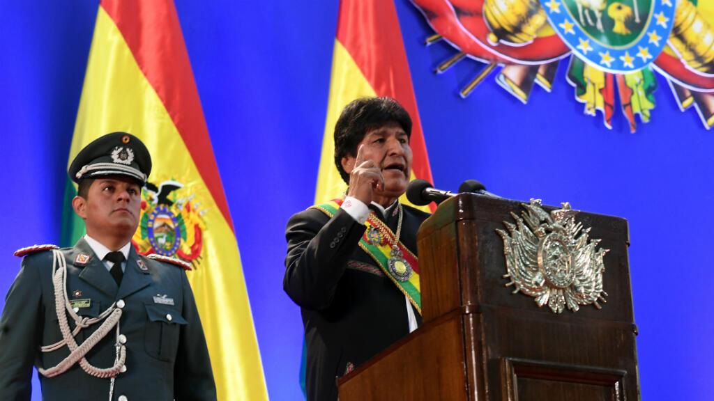 El presidente de Bolivia, Evo Morales, pronuncia un discurso en la sesión de la Asamblea Legislativa para conmemorar el 194 aniversario de la fundación del país, Trinidad, Bolivia, el 6 de agosto de 2019.
