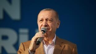 2020-10-25T142658Z_1604082758_RC2QPJ9A0XI4_RTRMADP_3_TURKEY-FRANCE-MACRON