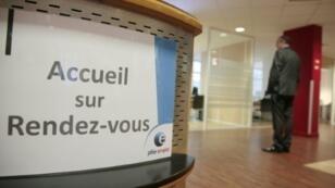 """Sur le marché du travail, c'est parfois la grande désillusion pour les salariés rangés dans la case """"senior"""" alors même qu'on débat de l'idée de travailler plus longtemps en France"""