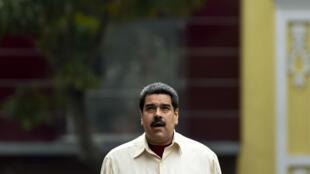 Nicolas Maduro a ordonné mardi 27 avril que les fonctionnaires ne travaillent plus que deux jours par semaine afin d'économiser l'électricité.