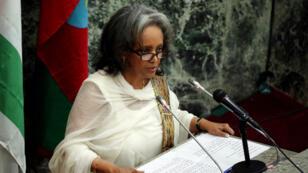 Les parlementaires éthiopiens ont désigné jeudi 25 octobre à l'unanimité et pour la première fois une femme, Sahle-Work Zewde, présidente du pays.
