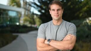 Ryan Kramer, photographié ici à San Francisco le 1er novembre 2018, a retrouvé son père biologique en 2005 par un site de test ADN.