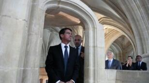 رئيس الوزراء الفرنسي مانويل فالس