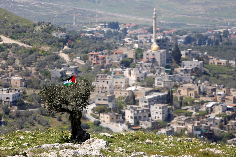 _3_ISRAEL-PALESTINIANS-HUMANRIGHTSWATCH-CRIMES