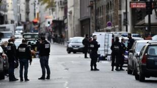 الشرطة الفرنسية بعد اعتداءات باريس 14 تشرين الثاني/نوفمبر 2015