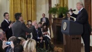 ترامب خلال سجاله مع أكوستا