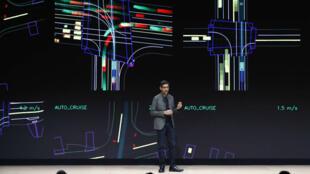 Le PDG de Google, Sundar Pichai, présente le nouveau service de diffusion en continu de jeux vidéo nommé Stadia, lors de la Game Developers Conference à San Francisco en Californie, le 19mars2019.