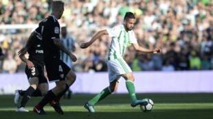 L'Algérien Ryan Boudebouz lors d'un derby avec le Bétis face au Séville FC, le 12 mai 2018 au stade Willamarin