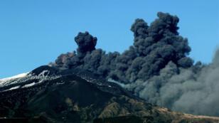 Éruption de l'Etna, près de Catane, en Sicile, le 24 décembre 2018.