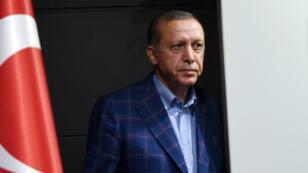 """En dépit de la victoire annoncée du """"oui"""", le """"non"""" l'a emporté dans les trois principales villes turques."""