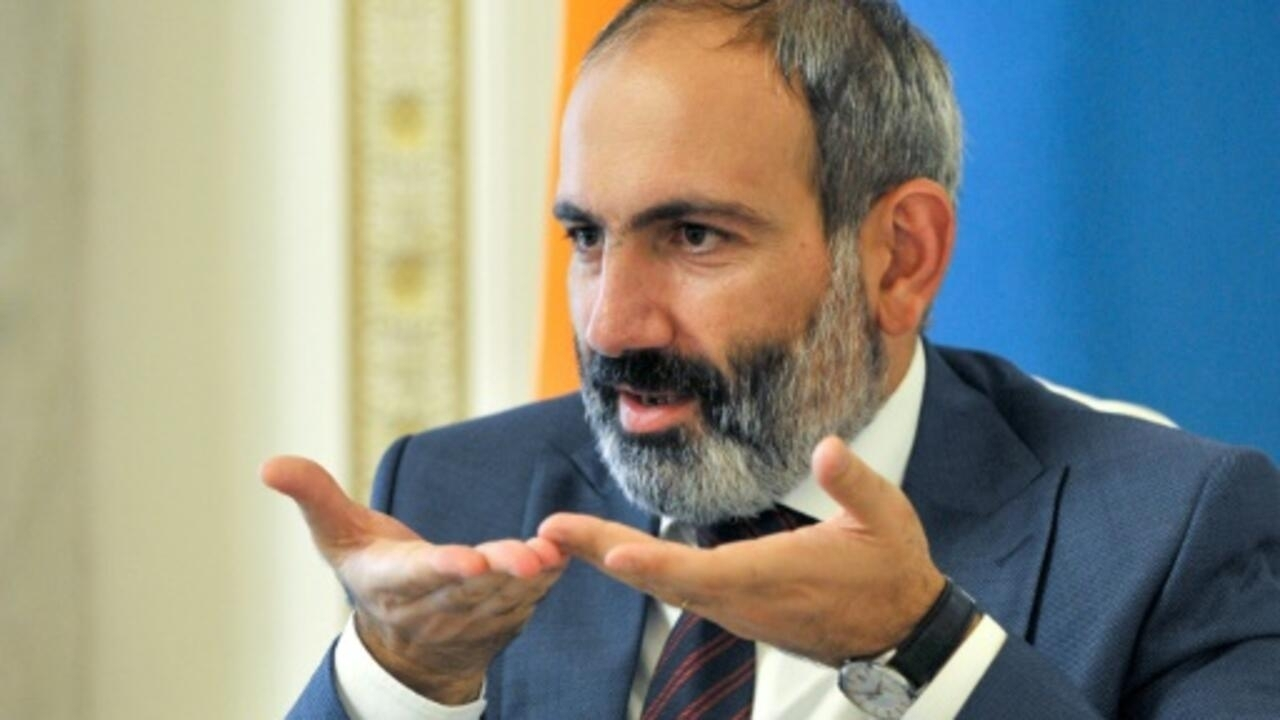 Armenian protesters barge into govt constructing demanding PM Pashinyan's exit