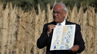 Saëb Erakat, secrétaire général de l'OLP, s'est rendu sur les terres en question, le 20 janvier 2016.