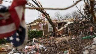 آثار عاصفة ضربت ولاية تكساس الأمريكية