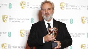 """Le réalisateur britannique Sam Mendes a remporté dimanche 2 février 2020 les Baftas du meilleur film et du meilleur réalisateur pour """"1917""""."""
