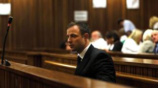 Oscar Pistoius est resté impassible à l'énoncé du verdict
