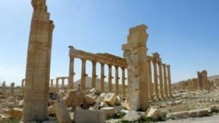 قوس النصر الأثري في تدمر