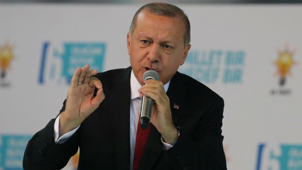 El mandatario turco, Recep Tayyip Erdogan, durante el sexto congreso del gobernante partido AK el 18 de agosto de 2018 en Ankara, Turquía.