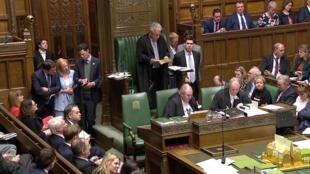 El presidente de la Cámara de los Comunes, John Bercow, anuncia los resultados de una ronda de votaciones sobre las opciones alternativas del 'Brexit', en Londres, Reino Unido, el 1 de abril de 2019.