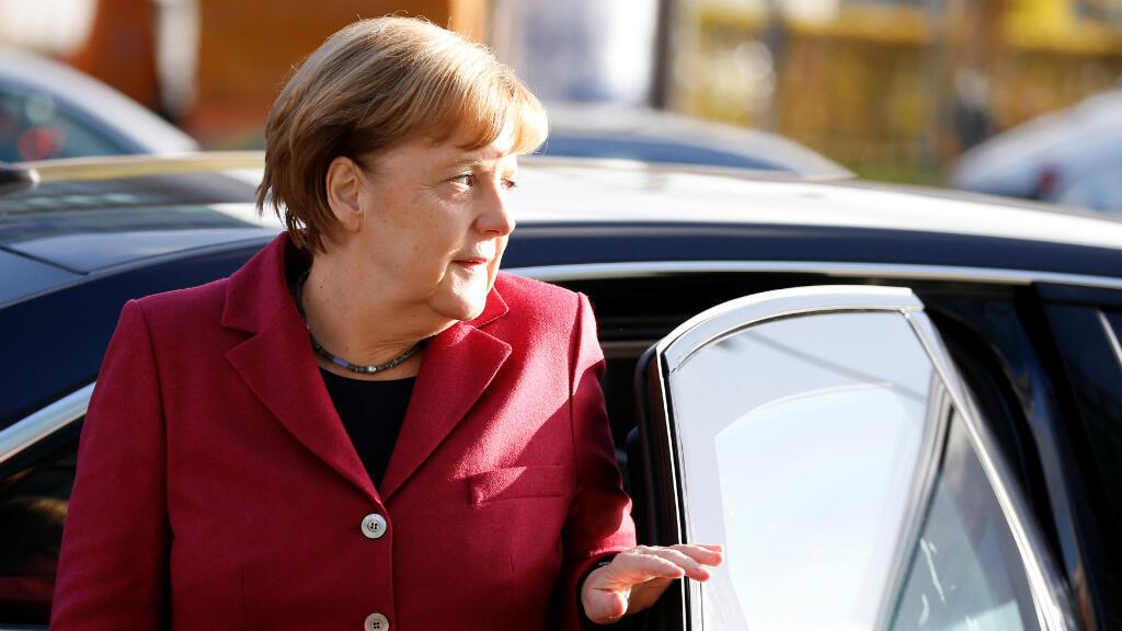 La canciller alemana Angela Merkel llega a la sede de la Unión Democrata Christiana (CDU) en Berlín, el 17 de noviembre del 2017.