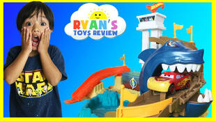 "Une miniature YouTube de la chaîne ""Ryan ToysReview"""