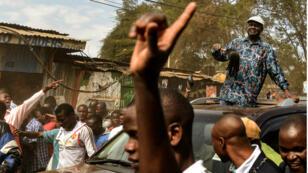 Raila Odinga s'est adressé à ses partisans dans un bidonville de Nairobi, dimanche 13 août.