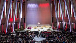 Un documentaire sur la pédophilie dans l'Église a provoqué un tollé en Pologne, en pleine campagne pour les élections européennes.
