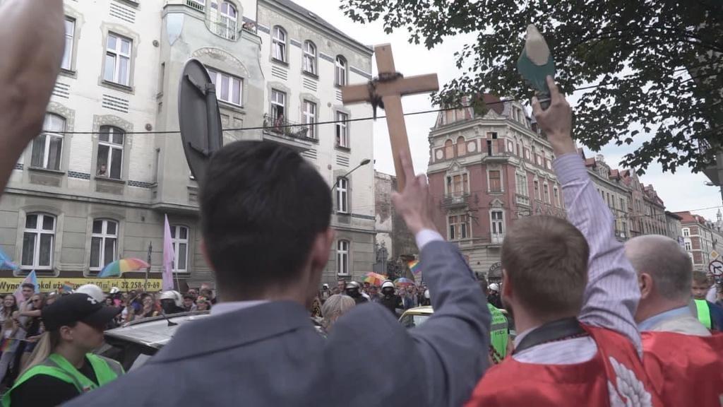 Focus - En Pologne, les droits des LGBT divisent la société