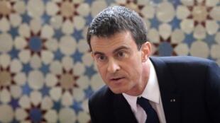 Earlier, Valls met members of the Islamic community at the Grande Mosquée in Strasbourg