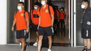 Players and coaching staff from Wuhan Zall arrived in Suzhou at the weekend ahead of the new season
