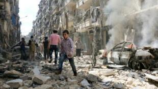 آثار القصف على حي الكلاسة الذي تسيطر عليه المعارضة 28 أبريل 2016