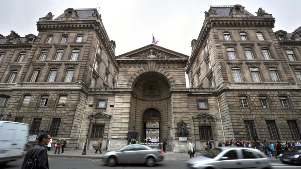 La préfecture de police de Paris.