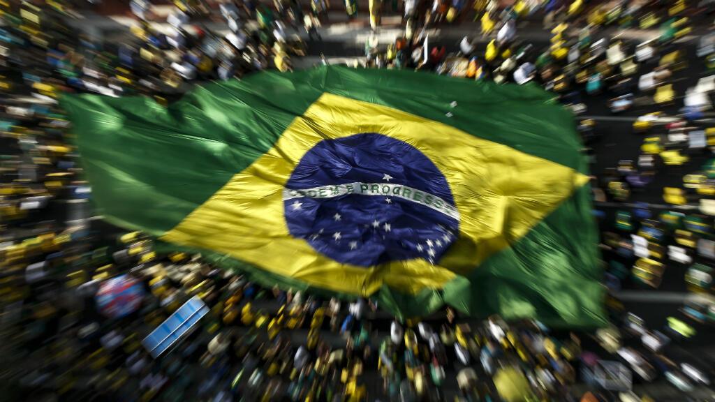 Manifestation du 16 août 2015 sur l'Avenida Paulista de Sao Paulo contre la corruption et demandant la démission de la présidente Dilma Rousseff