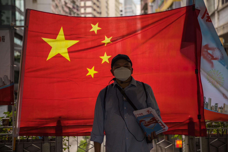 China acusa a otros países de interferir en sus asuntos internos y defendió la ley de seguridad como crucial para restablecer el orden en Hong Kong luego de una ola de protestas en favor de la democracia.