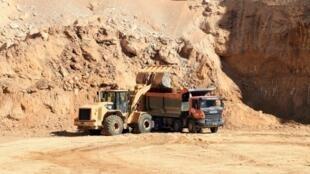 أحد مواقع استخراج الفوسفات في جنوب قفصة في تونس في التاسع من آذار/مارس 2018