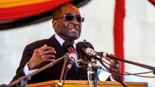 Le président zimbabwéen Robert Mugabe, le 13 avril 2016.