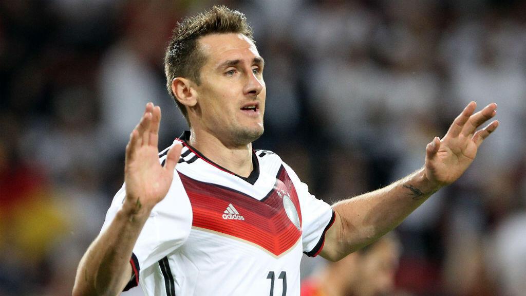 ميروسلاف كلوزه سجل 16 هدفا في أربع مشاركات بكأس العالم.