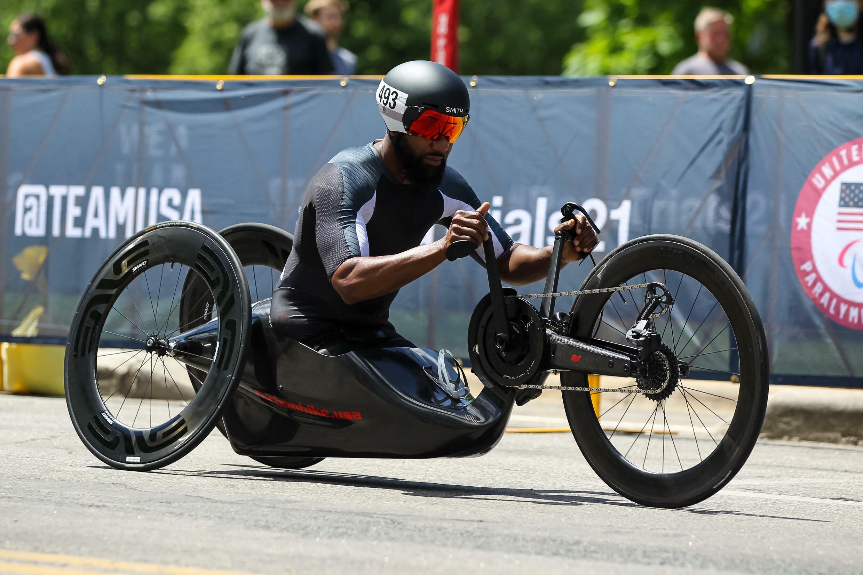 Alfredo De los Santos lors des qualifications pour les Jeux paralympiques, le 19 juin 2021 à Minneapolis.