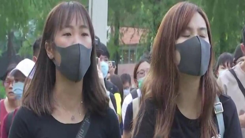 هونغ كونغ: مشروع قانون لحظر ارتداء الأقنعة في المظاهرات يؤجج غضب المحتجين