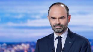 """رئيس الحكومة الفرنسية إدوار فيليب خلال مداخلة تلفزيونية على قناة """"تي إف 1"""" 6 كانون الأول/ديسبمر 2018."""