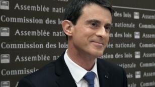 Le Premier ministre français Manuel Valls a présenté le projet de révision constitutionnelle devant la commission des lois de l'Assemblée, le 27 janvier 2016.