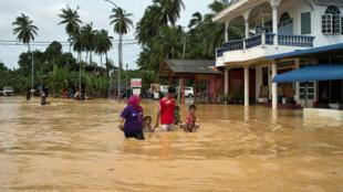 Plus de 160 000 personnes ont été évacuées à cause des inondations qui touchent la Malaisie depuis le début de la semaine.