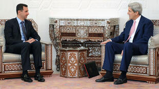 Rencontre entre Bachar al-Assad et John Kerry le 1er avril 2010 à Damas.