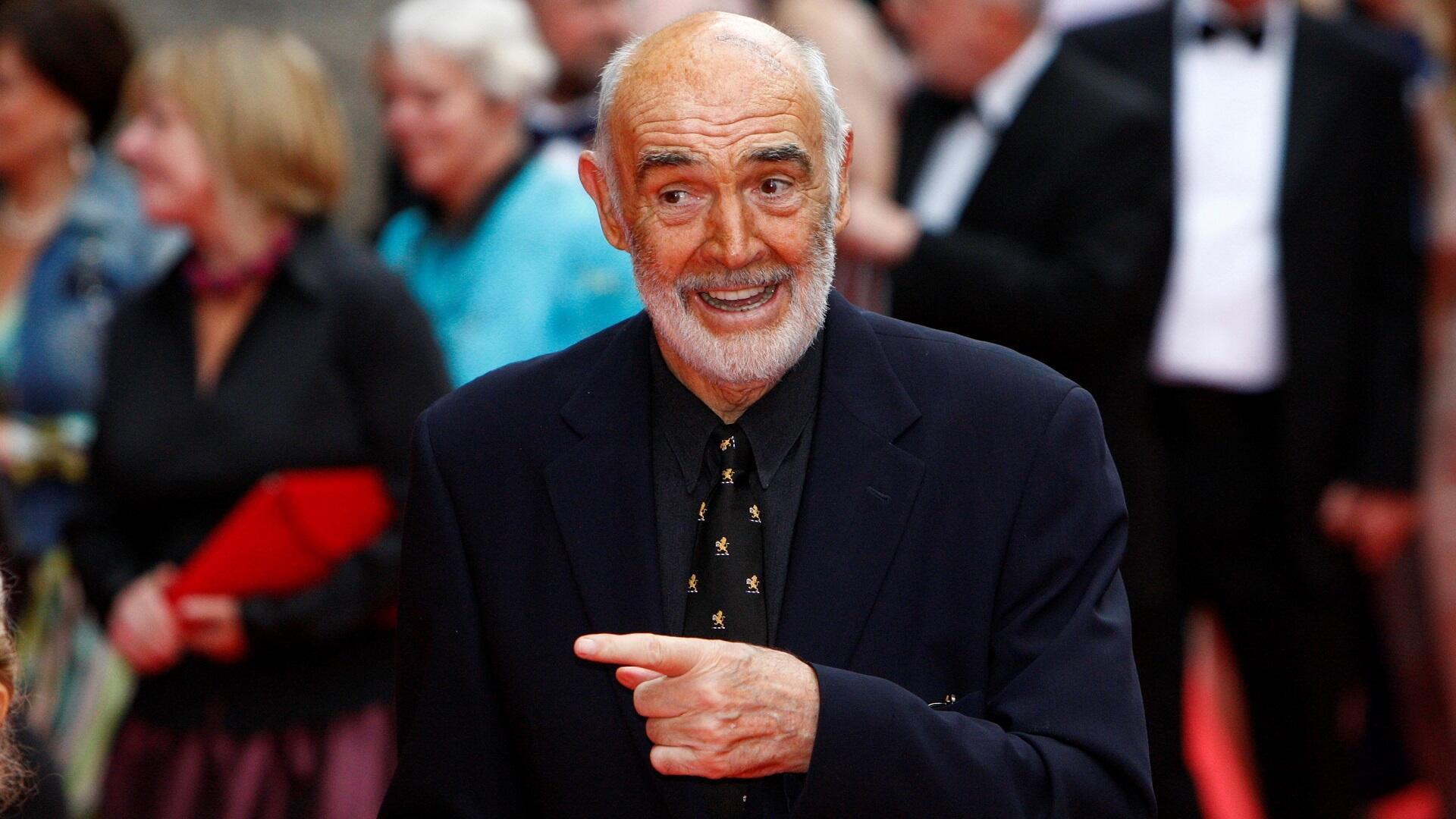 Sean Connery arrives for the Edinburgh International Film Festival opening night at the Festival Theatre in Edinburgh, Scotland, on June 16, 2010.