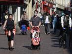 """Port généralisé de masques: """"Il faut tout faire pour éviter une deuxième vague"""" de Covid-19"""