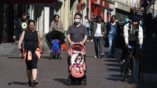parisiens masques mouffetard